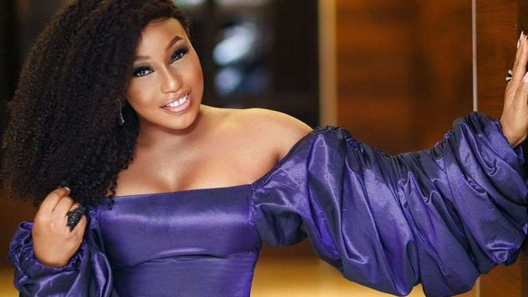 Rita Dominic Keeps Giving Us Wow Outfits