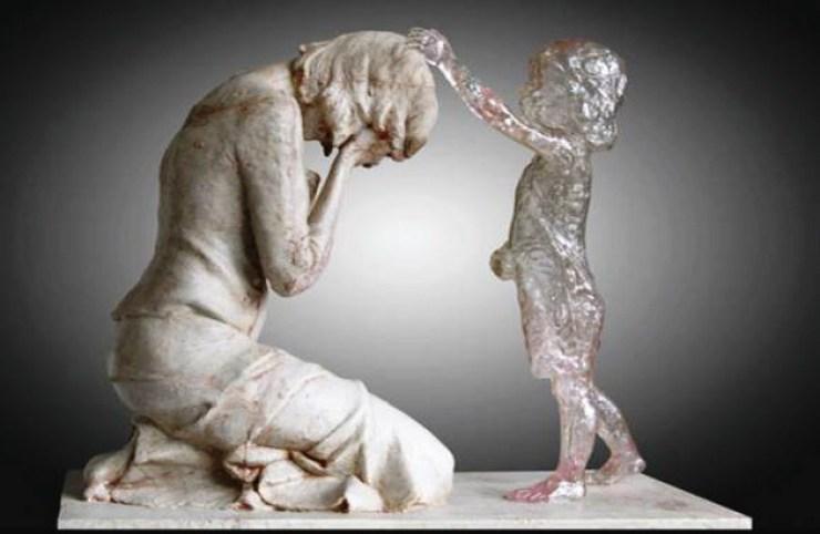 skulptura-majke-i-abortiranog-djeteta