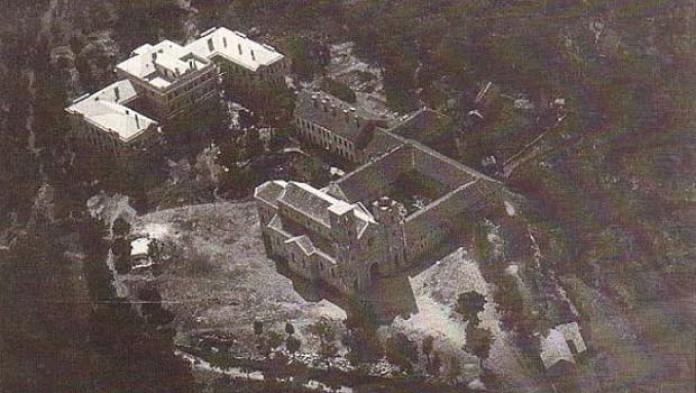 siroki_gimnazija_samostan_1