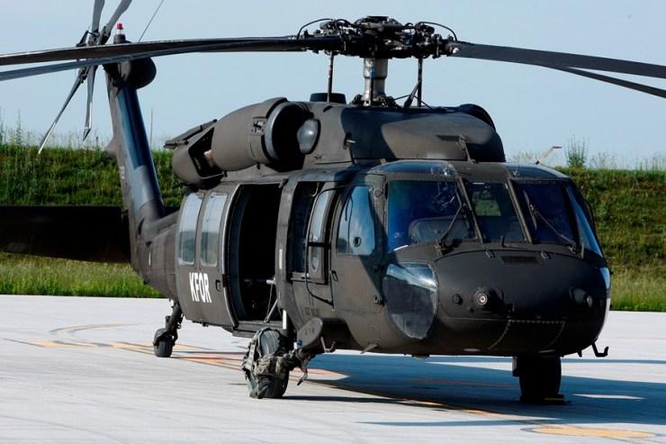 Black Hawk helikopteri 010615