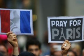 Pray-Paris