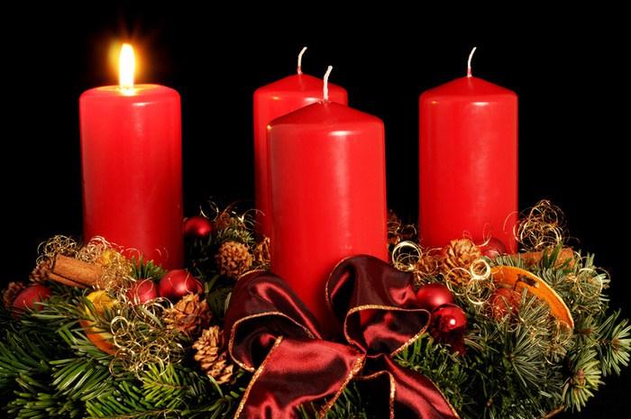 Došašće ili advent: Danas se pali prva svijeća na advenskom vijencu
