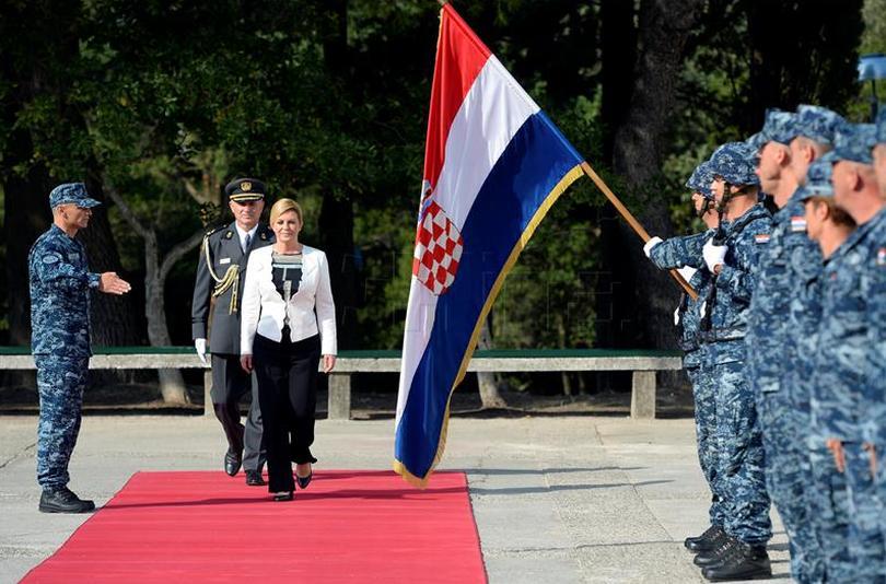 Predsjednica: Povratak Hrvatske vojske u Ploče je od iznimne nacionalne važnosti