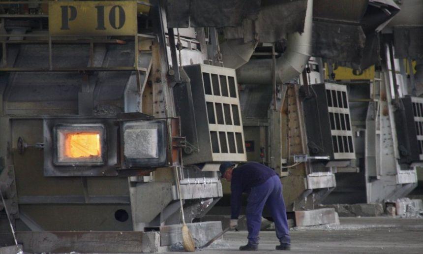 Vlada FBiH na telefonskoj sjednici donijela odluku o nastavku poslovanja Aluminija