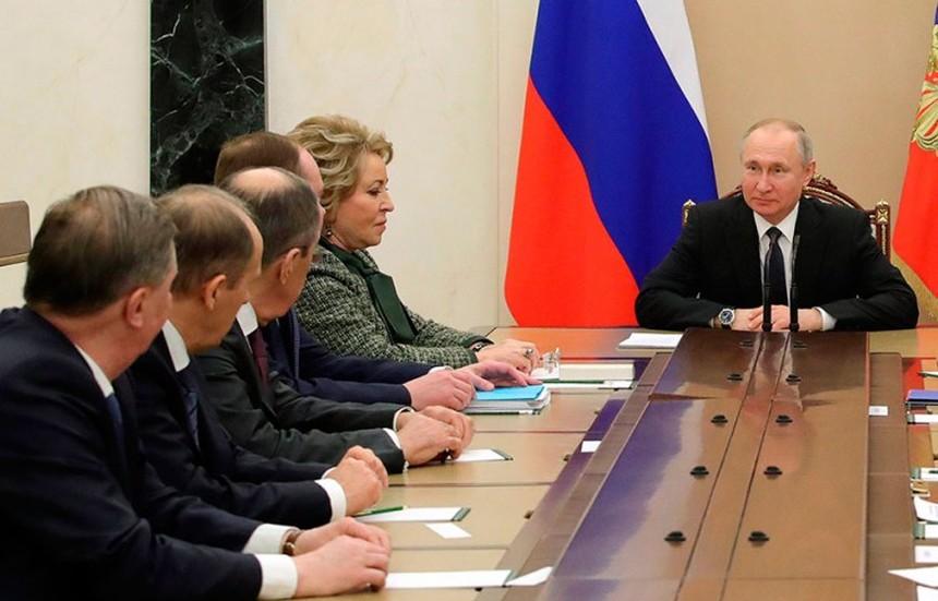 Rusija planira masovno cijepljenje protiv Covida-19 već u listopadu