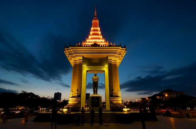 Phnom Penh _DSC8888 [Explored Nov 29, 2013 - #195]