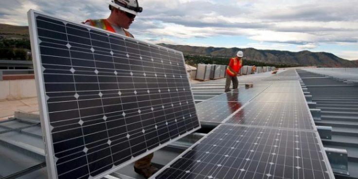 installing-solar-panels_skeezeOnPixabay-768x384