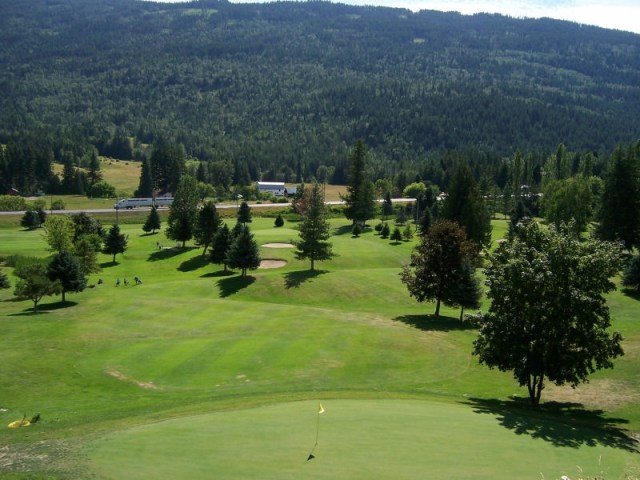 Club Shuswap Golf Resort