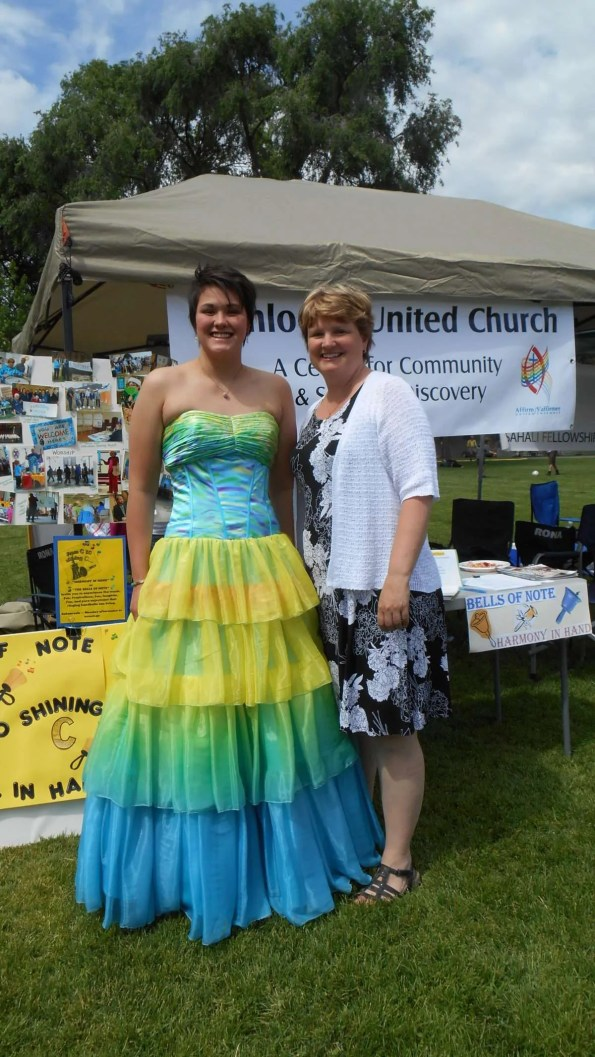 At the park, along with other grads having photos taken, Sadie and Jennifer stopped by our kiosk.