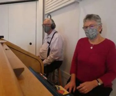 Techs: Dale on sound and Sue on projection and broadcasting