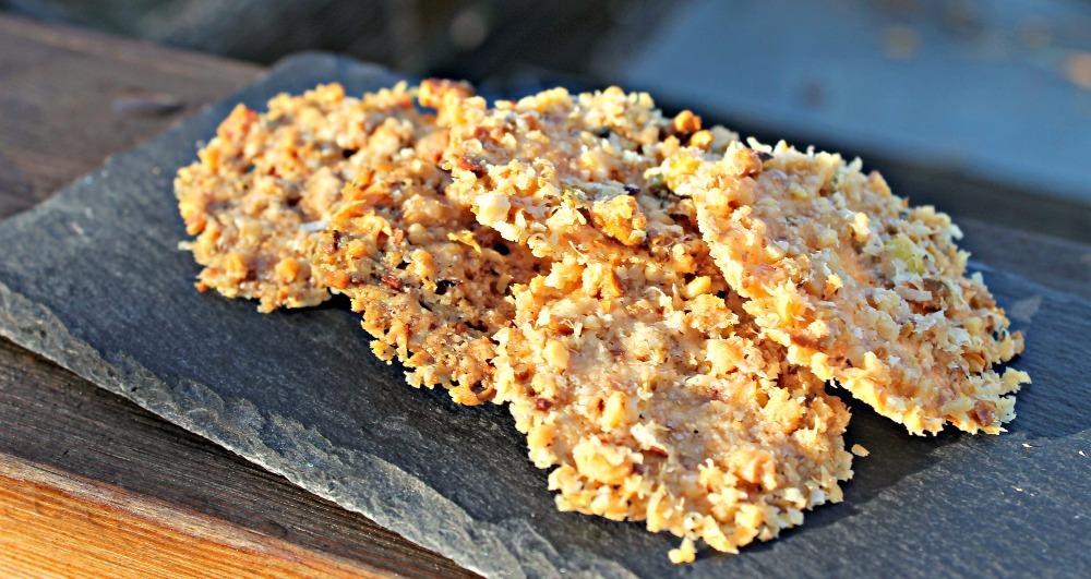 Parmesanchips med nødder