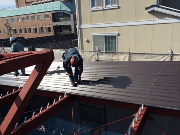 名古屋市南区のK幼稚園様新築工事(屋根、樋)のご紹介です