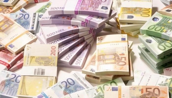 Ζεστό χρήμα στους συλλόγους από τον Δήμο Δέλτα
