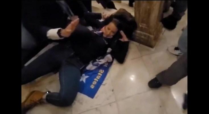 Την σκότωσαν μέσα στο Καπιτώλιο