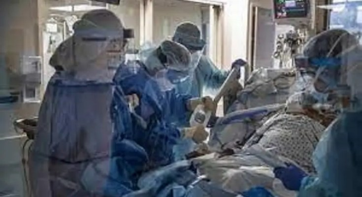 Επιστράτευση γιατρών