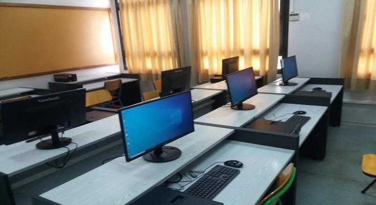 Υπολογιστές στο γυμνάσιο Σίνδου
