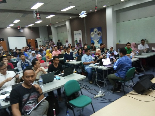 1,546.05 Tolak Korban Internet dengan Pelatihan Internet Marketing Surabaya