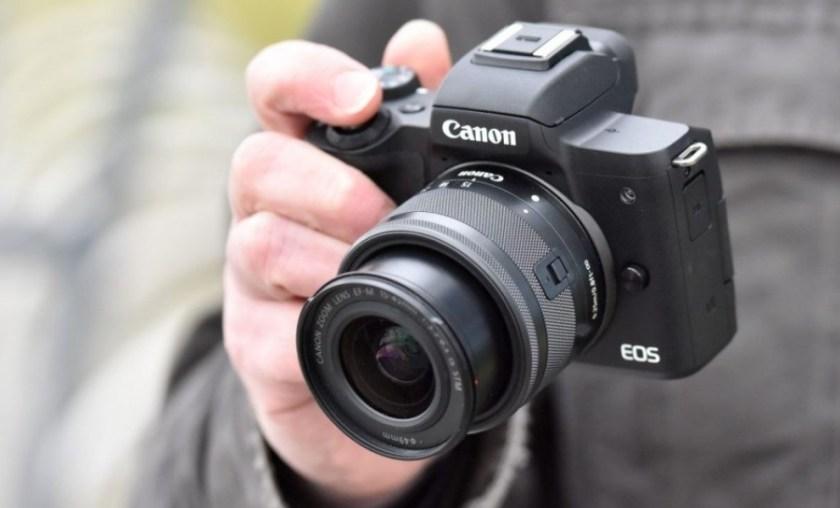 Kamera Terbaik untuk Vlog Canon EOS M50