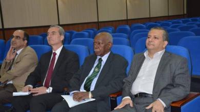 Photo of صباح الموسوي يستقبل وفد مجلس الجراحة العامة في البورد العربي