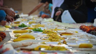 Photo of بالصور: مثقفي كربلاء يقيمون مأدبة افطار في خان النخيلة الاثري للايتام والعوائل المتعففة.