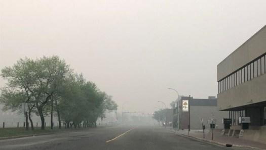 smoke_may-31_grande_prairie-ab