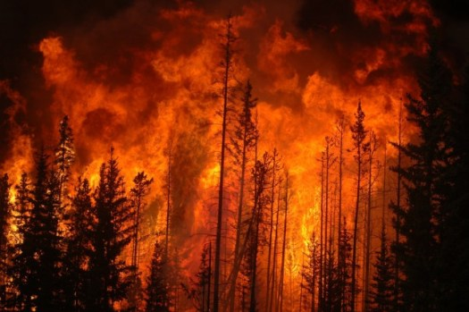 wildfire_northern_alberta_2009