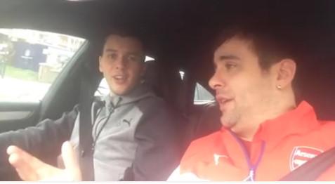 Видео – Голманот на Арсенал , струмичанецот Дени Илиев запеа и македонско !!