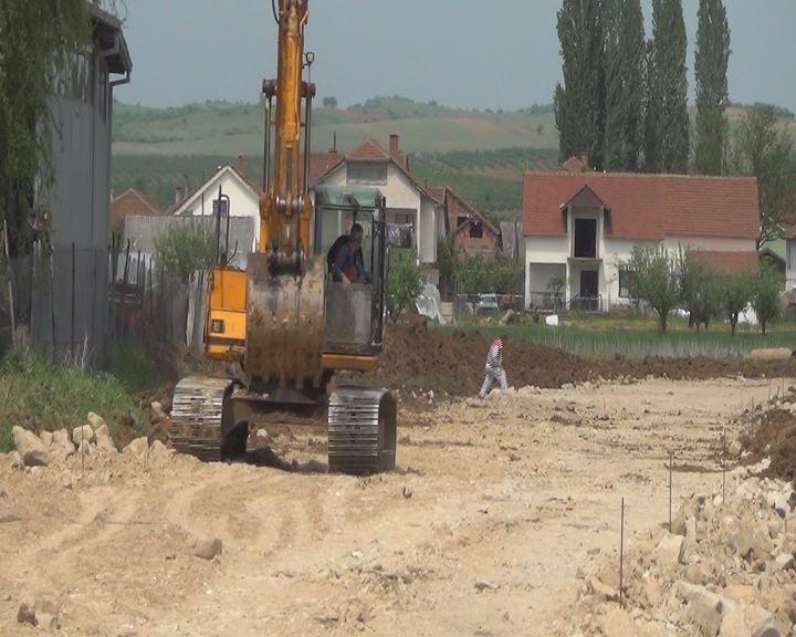 Василево гради пристапен пат до индустриската зона Градашорци
