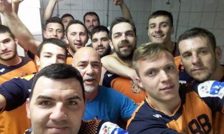Макс  забележа нова победа и ги отвори портите за ЕХФ лигата