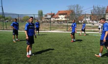 Видео – Академија Пандев набави GPS уреди за следење на развојот и перформансите на фудбалерите