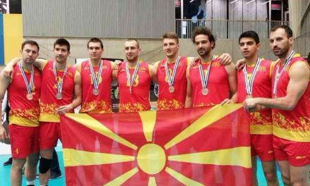 Фото: Струмичкиот одбојкарски октет кој и донесе трето сребро на Македонија од Евролигата