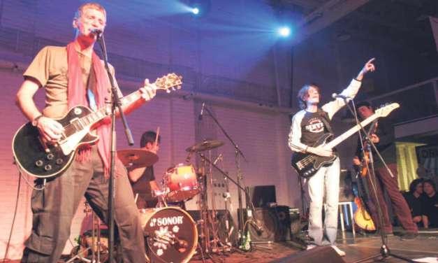 Викендов по трет пат Гитаријада во Стојаково со многу забава и рок музика