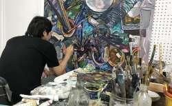 『問屋まちスタジオ』気軽に芸術に触れられるアートスポット。普段は見られない作品の創作風景を見学し、若手作家との交流を楽しもう