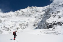 The new wonderful Sella Col, in front of the South Face of Kanchenzonga, never seen from this point of view