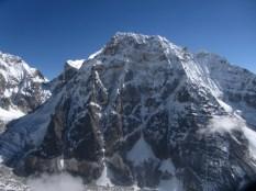 Zemu Gap and on the right between sun and shade the Porta della Rivelazione Perenne from Rinpoche Temple Peak