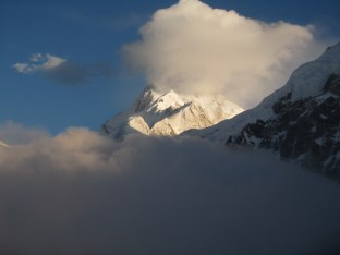 Zemu Peak and Kanchenzonga from South Simvo North