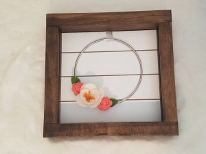 Read more about the article DIY Felt Flower Wreath