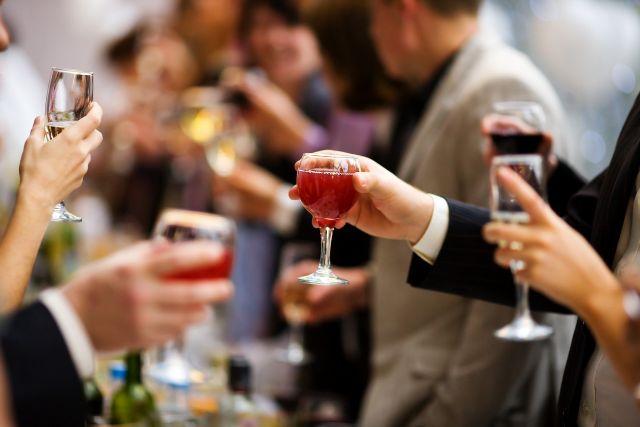 盛り上がる婚活パーティー