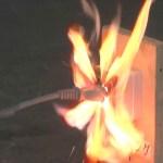 漏電やショートによる火災は保険で補償されるか?電気的機械的事故の事例