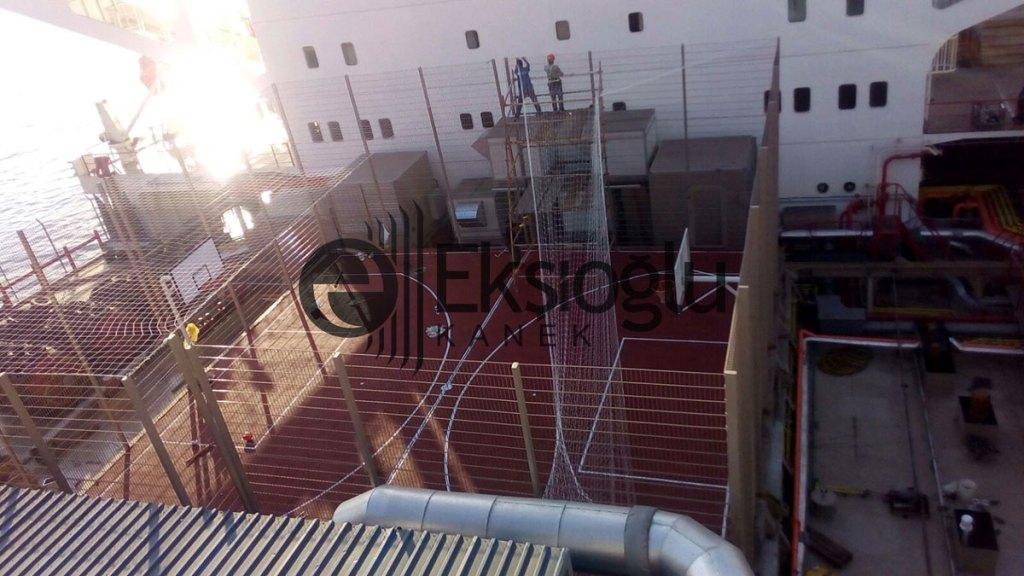 yük gemisi basketbol alanı inşası