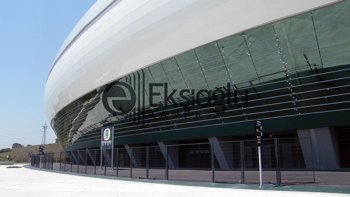 Stadyum Çevresi Portatif Panel Tel Çit Uygulaması