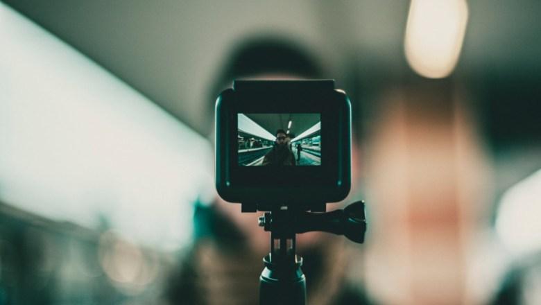 Rekomendasi Kamera Terbaik Untuk Kamera Vlogger