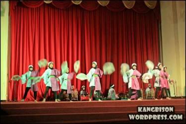 Kolaborasi tarian kontemporer dan musik Jepang - Indonesia di UNS CUltural Night 2012