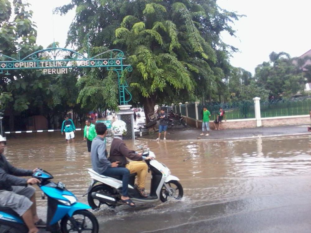 Info Banjir Karawang 2013 (1/6)