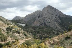 Góry w okolicach Bolulla