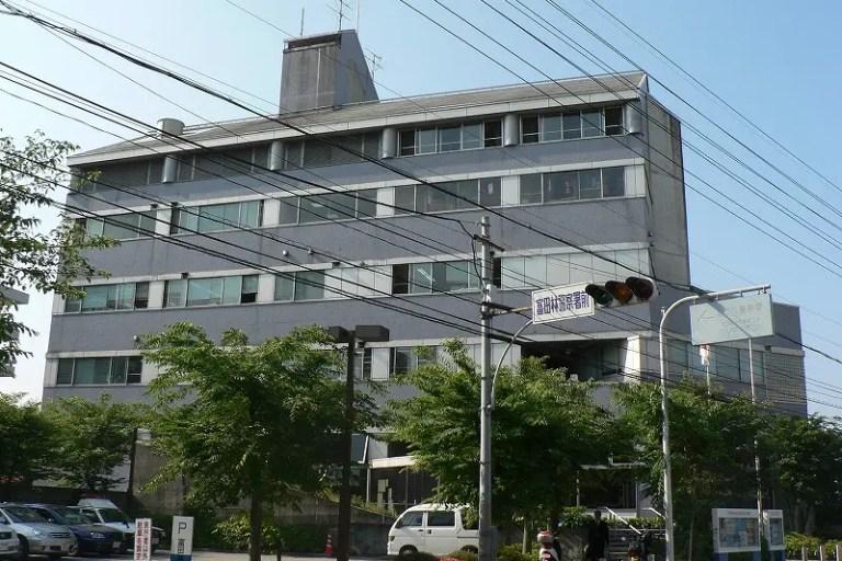 【泉大津・高石・忠岡】発生から3日経つも有力情報無し。大阪府警が富田林署から逃げた容疑者の情報を探しています。