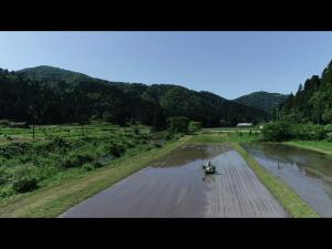 滋賀県長浜市余呉町で米農家さんの田植え風景をドローン空撮 滋賀県長浜市のドローン空撮滋賀カノアドローンラボ