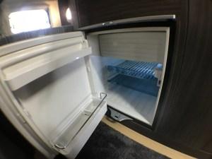 家庭用エアコン・電子レンジ・冷蔵庫・水道・トイレ完備 ドローン空撮滋賀の撮影にキャンピングカーレンタル滋賀