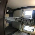 常設2段ベッドにはそれぞれ収納完備 キャンピングカーレンタル滋賀カノアカーレンタルのレンタル車両東和モータースヴォーンR2B