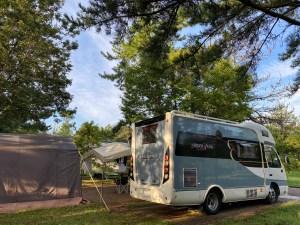 ナッツRVボーダーバンクス(バスコン)でキャンプ  滋賀県長浜市のキャンピングカーレンタル滋賀カノアカーレンタル